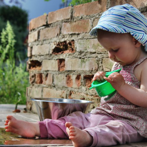 Unschuldiges Kinderleben